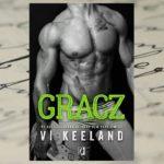 Wszystkie chwyty dozwolone – Vi Keeland, Gracz
