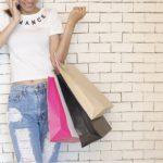 Coraz więcej Polaków kupuje prezenty przez Internet