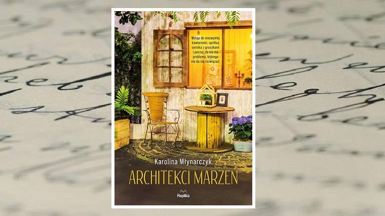 Architekci marzeń - zdjęcie główne - okładka na tle zapisanej odręcznie kartki papieru